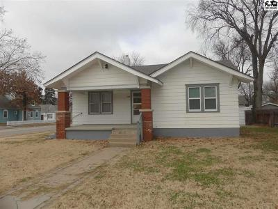 Hutchinson Single Family Home For Sale: 128 W 15th Ave