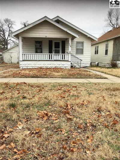 Hutchinson Single Family Home For Sale: 106 W 16th Ave