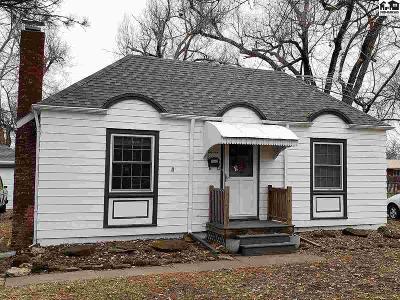 McPherson KS Single Family Home For Sale: $109,900
