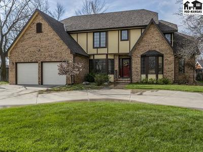 Reno County Single Family Home For Sale: 105 Road Runner Ln
