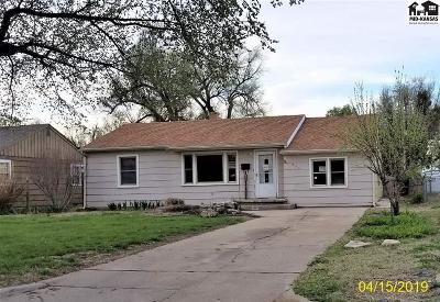 Hutchinson Single Family Home For Sale: 604 W 19th Ave