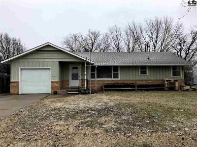 McPherson KS Single Family Home For Sale: $132,900