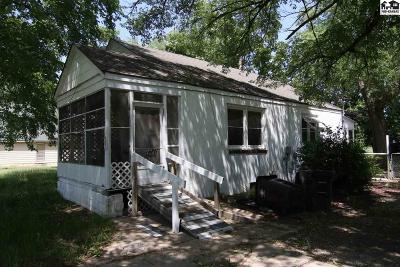 Canton Single Family Home For Auction: 501 N 1st St