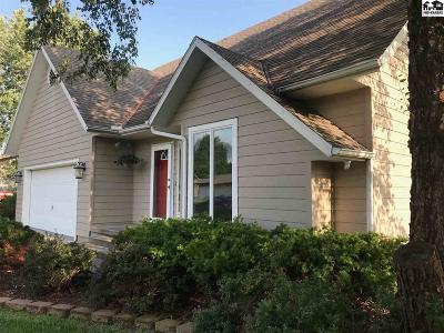 Moundridge Single Family Home For Sale: 213 Walnut St