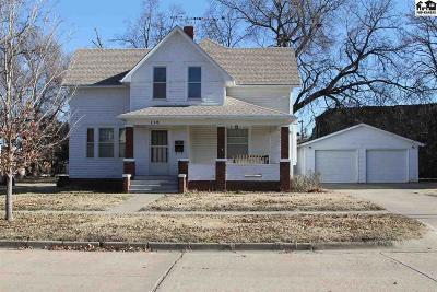 Lindsborg Single Family Home For Sale: 110 N Washington St