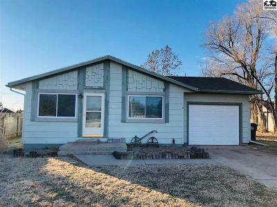 Lyons Single Family Home For Sale: 201 S Miles
