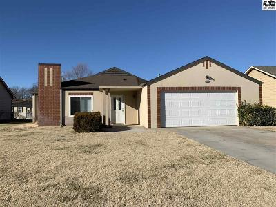 Hutchinson Single Family Home For Sale: 2405 N Brentwood St