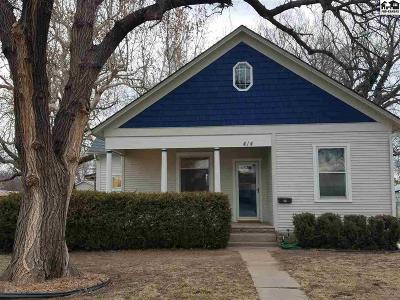 Sterling Single Family Home For Sale: 414 S Broadway Ave