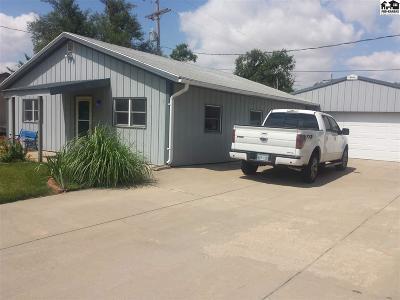 Hutchinson Multi Family Home For Sale: 327 E Carpenter St