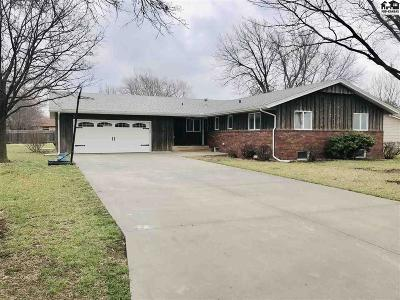 Hesston Single Family Home For Sale: 314 Park Rd