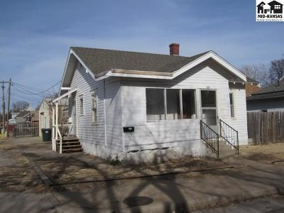 Reno County Single Family Home For Sale: 102 W 8th Ave