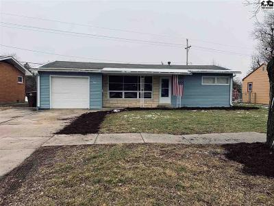 McPherson KS Single Family Home For Sale: $108,900