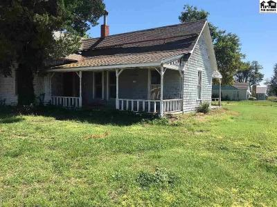 Reno County Single Family Home For Sale: 101 E 1st Ave