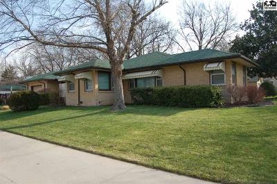 McPherson KS Single Family Home For Sale: $179,000