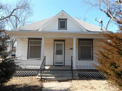 McPherson KS Single Family Home For Sale: $105,900