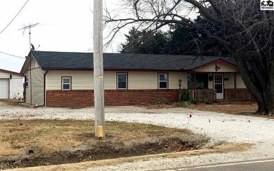 McPherson KS Single Family Home Contingent Other Co: $134,000