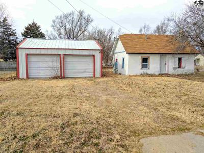 Hutchinson Single Family Home For Sale: 801 W 19th Ave