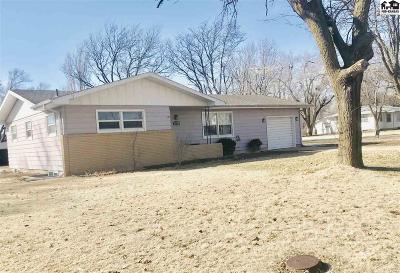 Moundridge Single Family Home For Sale: 801 S Randall Ave