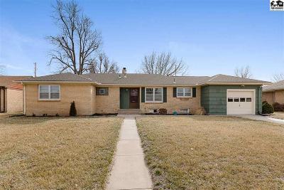 Hutchinson Single Family Home For Sale: 39 E 29th Pkwy