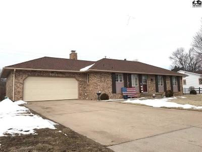 Hutchinson Single Family Home For Sale: 3311 Carnegie Pl