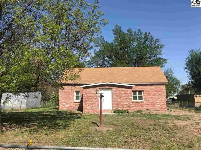 Hutchinson Single Family Home For Sale: 700 Westridge Dr