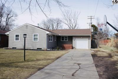 Hutchinson Single Family Home For Sale: 304 W 29th Ave