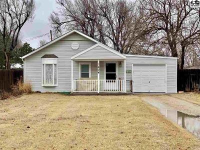 Reno County Single Family Home For Sale: 1404 N Prairie Ave