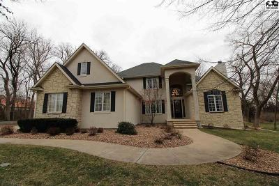 Hutchinson Single Family Home For Sale: 2400 Hawthorne Ln