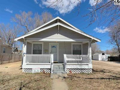 Hutchinson Single Family Home For Sale: 426 W 17th Ave
