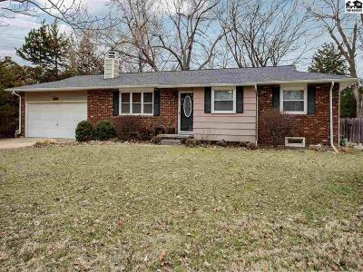 Hutchinson Single Family Home For Sale: 3504 N Lakeview Rd