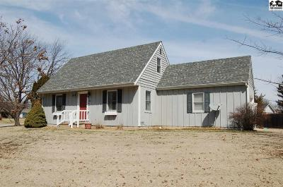 McPherson County Single Family Home For Sale: 208 W Normal Dr