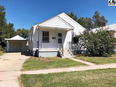 Hutchinson KS Single Family Home For Sale: $73,900