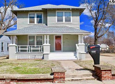 Hutchinson Single Family Home For Sale: 222 W 17th Ave