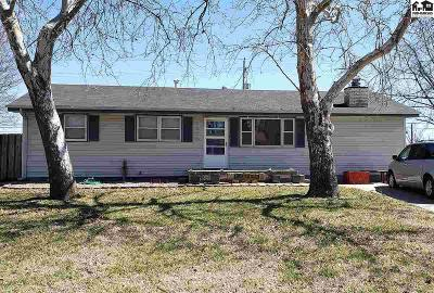 McPherson County Single Family Home For Sale: 1020 Sycamore Pl