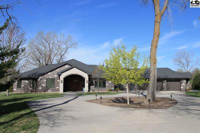 Reno County Single Family Home For Sale: 2601 Hawthorne Ln