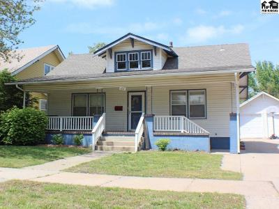 Hutchinson Single Family Home For Sale: 112 E 16th Ave