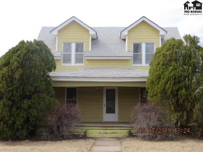 Single Family Home For Sale: 209 S Washington Ave