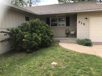 Lyons Single Family Home For Sale: 215 S Clark