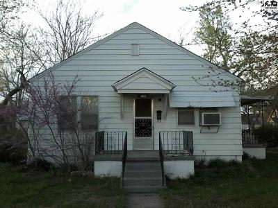 Hutchinson Single Family Home For Auction: 400 W 13th