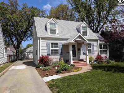 Hutchinson Single Family Home For Sale: 308 E 16th Ave
