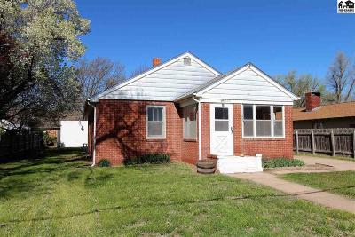 South Hutchinson Single Family Home For Sale: 523 S Poplar St