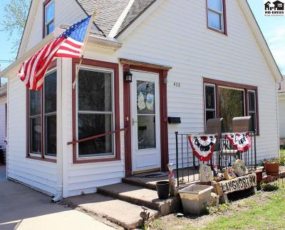 McPherson Single Family Home For Sale: 452 N Maxwell St