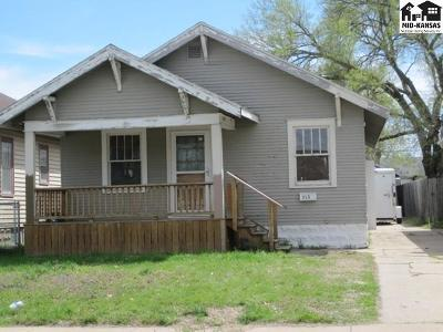 Hutchinson Single Family Home For Sale: 315 W 16th Ave