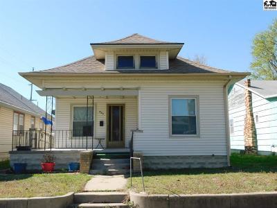 Hutchinson Single Family Home For Sale: 321 E 11th Ave