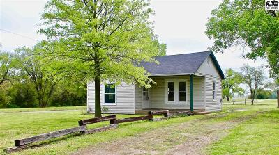 South Hutchinson Single Family Home For Sale: 427 E A Ave