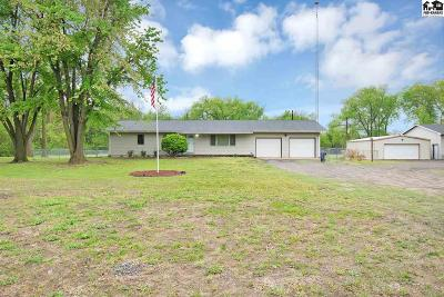 Reno County Single Family Home For Sale: 7915 N Weems Rd
