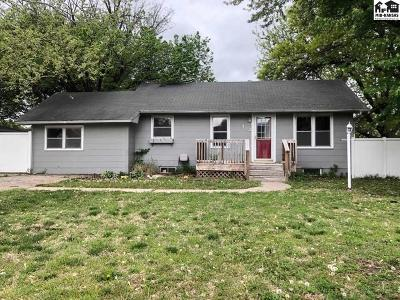 McPherson County Single Family Home For Sale: 313 N Maple St
