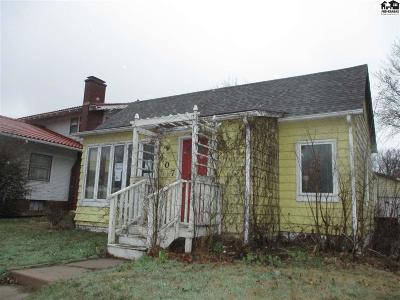 Buhler Single Family Home For Auction: 407 N Main