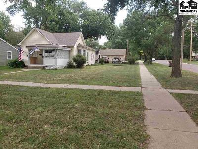 McPherson County Single Family Home For Sale: 521 S Chestnut St