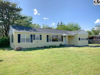 Hutchinson Single Family Home For Sale: 2517 N Waldron St